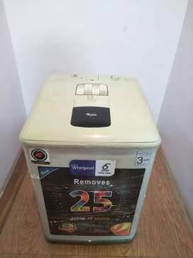 In a very good condition Whirlpool washing machine