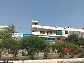 2 BHK SEMI FURNISHED COMMERCIAL FLAT FOR SALE IN VASNA ROAD.