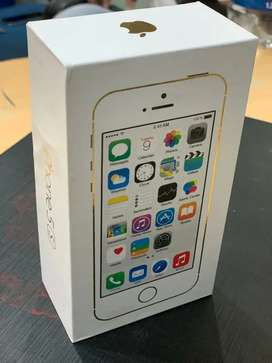 Apple iPhone 5s brand new box pack with all accessories