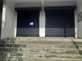 Commercial space for rent. Suitable for shops, Showroom and office.