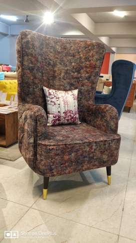 Wing Chair in low price hurry up just one left