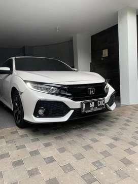 Honda Civic Hatchback type E turbo 1.5 2018