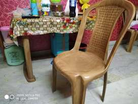 Dining table 4 seater with chairs