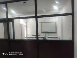 furnished classroom on hourly rent in dwarka sec 19