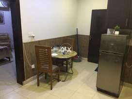 one bed upper with kitchen/dining safari villas one