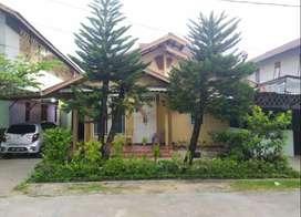 Dijual rumah luas sangat dekat dengan kampus Untan