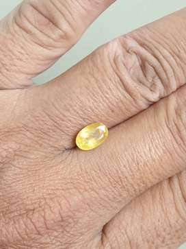 FGL Certified Sparkling,Heated 2.23 Ct Golden Yellow SAPPHIRE