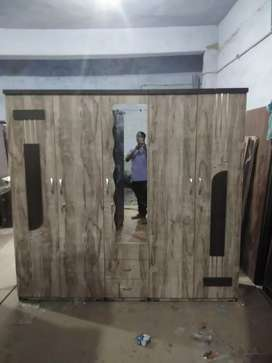 5 door wardrobe new brand Almari