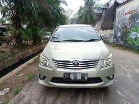 Toyota kijang innova G 2.5 2013/2014 MT diesel solar