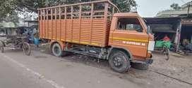 My tru show room condition truck,