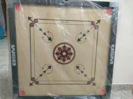 New Carrom board with coins,strikers and powder,32 inch Fresh piece