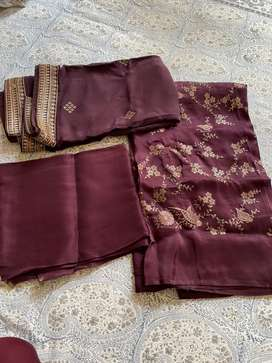 Unstitched suit set includes kurta bottom and dupatta