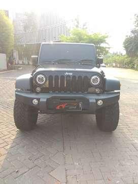 Jeep Wrangler 3.6 Hitam 2014