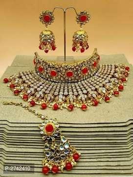 Amazing jewellery set Of woman