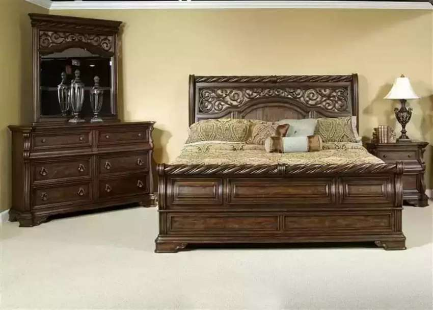 New bed set 1 bed 2 site table 1 drysing good polish factory rate