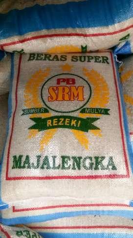 Beras rojolele dan beras super PB SRM