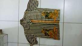 Preveloped kemeja batik anak