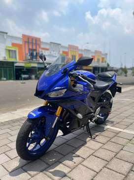 Yamaha R25 non Abs tahun 2019 racing blue