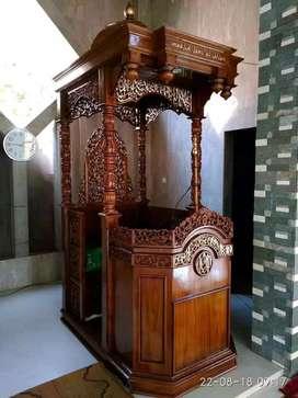 mimbar masjid kubah musola jati baru