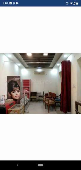 Shop for sale in Paschim Vihar