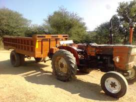 Fiat Tractor 480 with hydraulic trolly