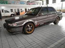 Mitsubishi Eterna tahun 1992
