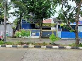 Disewakan Tempat Usaha Tanah & Bangunan Siap Pakai