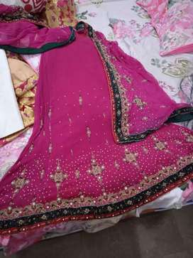 Bridal dress embroidery on pure