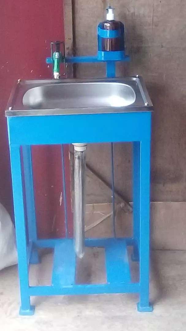 Wastafel portable bahan besi hollow praktis, hemat, berkualitas 0