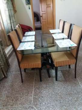 Tablet with 6 chairs for sale