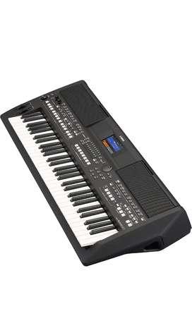 Yamaha PSR SX600 Keyboard