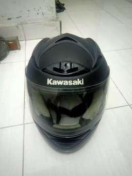 Helm kawasaki 250cc