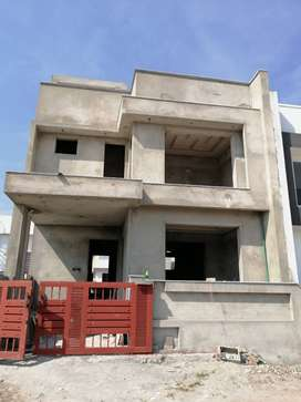 5 Marla House Available for Sale in Bahria Enclave Sector H