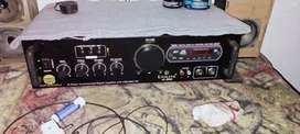Unline 8000 amplifier 2.1 amp  1month used