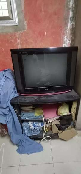 32 Inches Tv LG