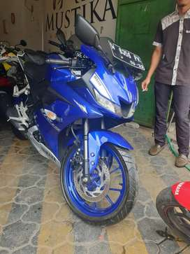 New R15 VVA 2017. Odo 2rb km. Like new.(Gilbert)