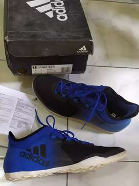 Sepatu Futsal Adidas X-Tango