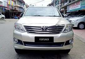 Fortuner G lux 2012 matic