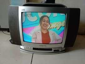 Tv tabung 14in merk polytron ori siap antar