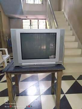 Second hand condition TV sales