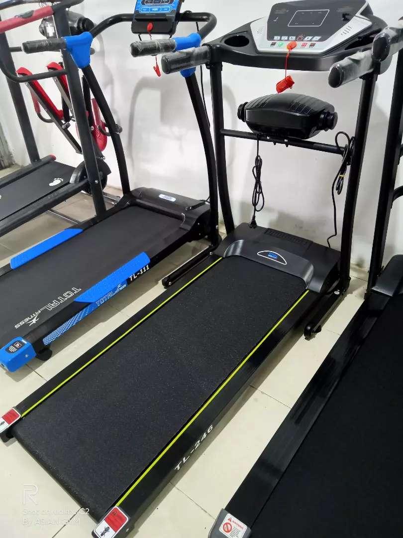 Promo Ramadhan Treadmill listrik 2 fungsi dgn alat getar  Ready 0
