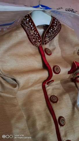 Urgent sale Sherwani Only serious buyer contact