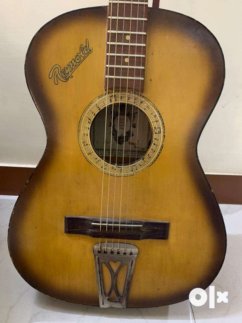 Guitar for sale..
