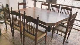 8 seater shesham wood dining table in great condition