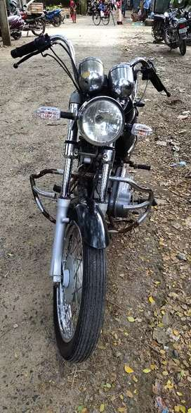 Royal Enfield thunder bird old model in very good condition for sale