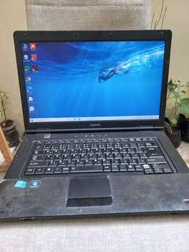 Dijual laptop Toshiba 14