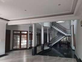 Rumah Lux 2 lantai cempaka putih timur jakarta pusat