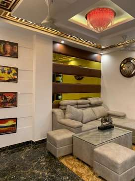 FUllY fUrnISheD  BeAuTiFul 3 Bhk FLat With CArparkiNg 90%loan availabl