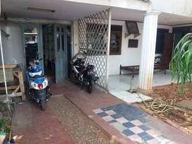 Di Jual Rumah Tua Hitung Tanah Benhil Jakarta Pusat