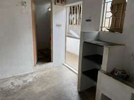Room for rent bachelors/working staffs